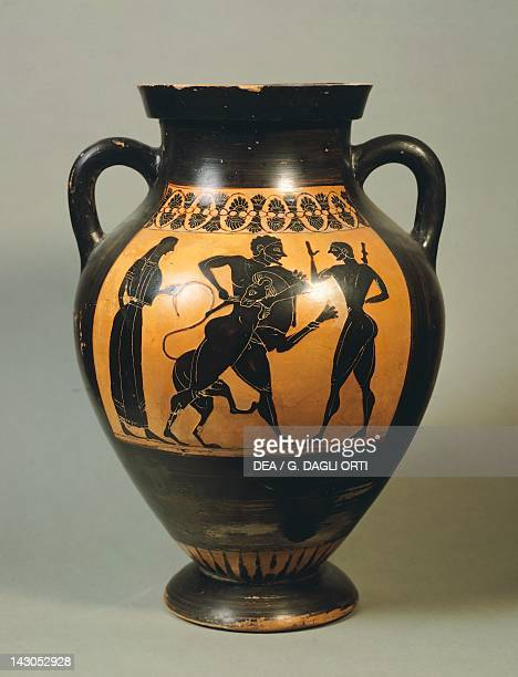 Attic amphora showing Hercules and the lion of Nemea blackfigure pottery Greece Greek Civilization 6th Century BC Roma Museo Capitolino