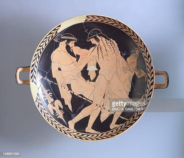 Attic kylix depicting Zeus abducting Ganymede ca 470 BC by the Penthesilea painter redfigure pottery Italy Italic Civilization 5th Century BC Ferrara...