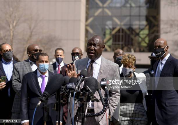 Attorney Ben Crump speaks as he's joined by members of George Floyd's family, outside the Hennepin County Government Center on April 6, 2021 in...