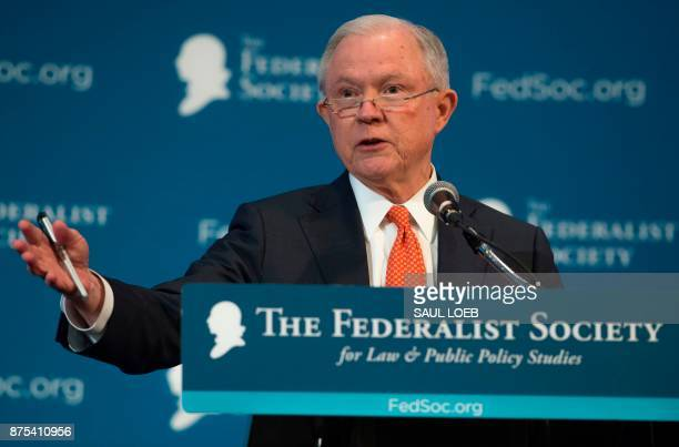 Attorney General Jeff Sessions speaks to the Federalist Society 2017 National Lawyers Convention in Washington, DC, November 17, 2017. / AFP PHOTO /...