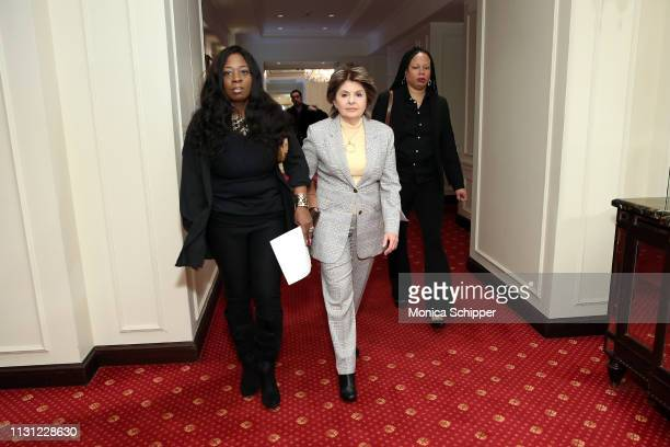 Attorney Gloria Allred arrives with accusers Rochelle Washington and Latresa Scaff at the press conference as two new accusers of R. Kelly misconduct...
