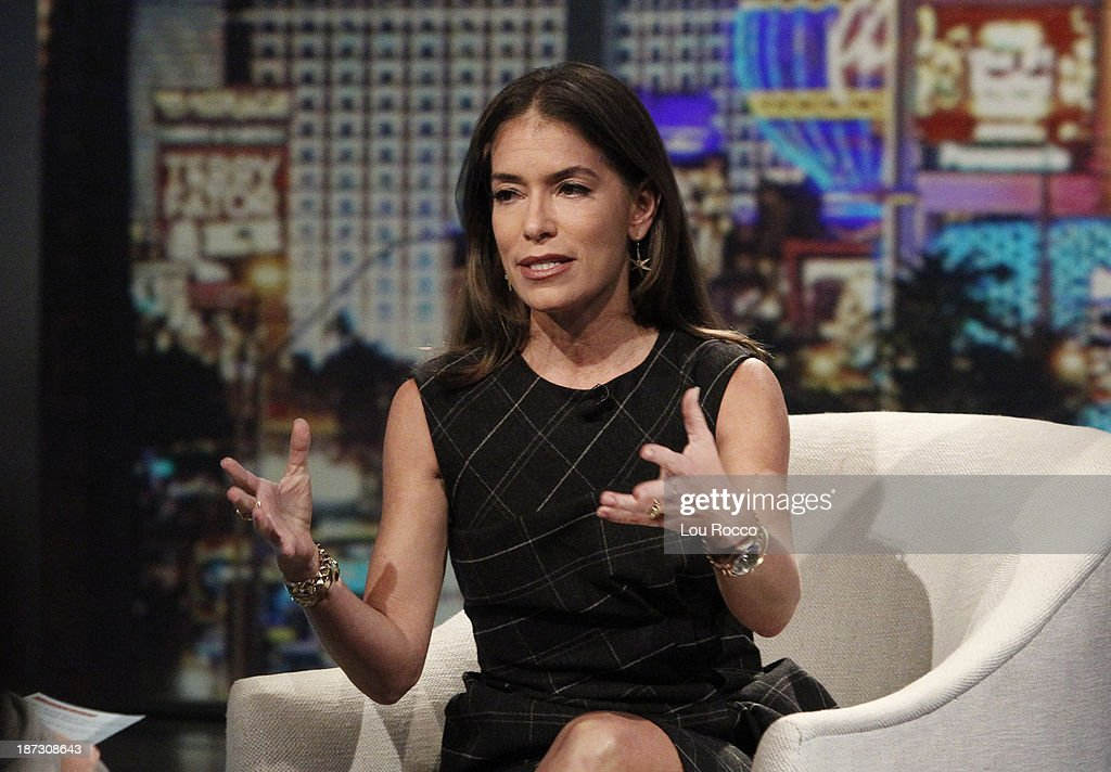 "ABC's ""The View"" - Season 17 : News Photo"