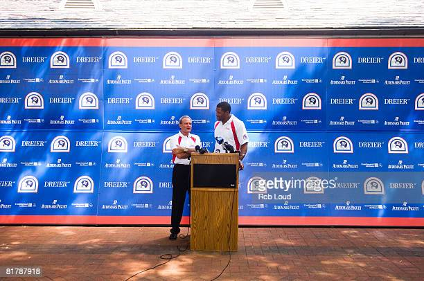 Attorney Marc Dreier and former NY Giant Michael Strahan speak at the 2008 Michael Strahan/Dreier LLP Charity Golf Tournament at Century Country Club...