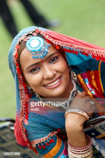 Attractive 18 Year Old Indian Girl In Traditional Costume -8721