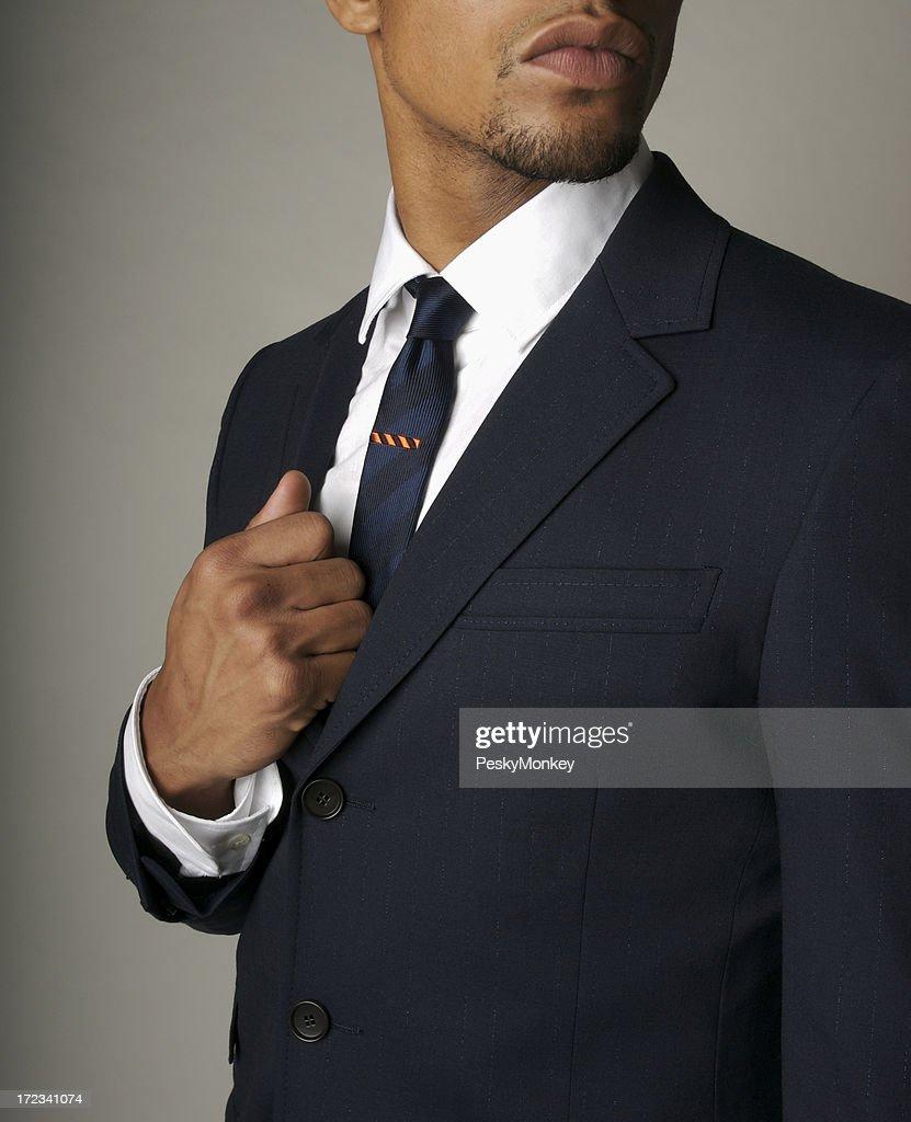 Attraenti Uomo d'affari di Discesa africana in abito blu Navy primo piano Fine : Foto stock