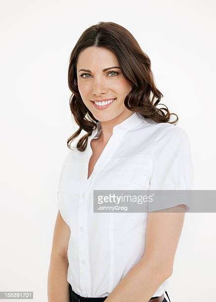 Belle femme d'affaires souriant