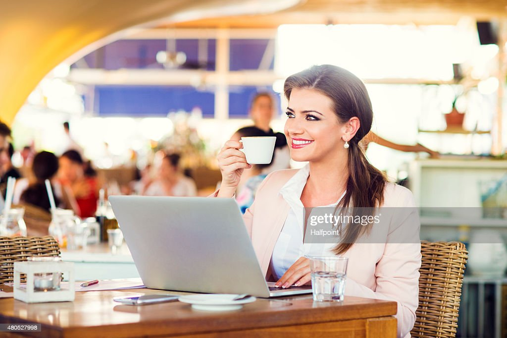 Attractive young businesswoman : Stock Photo