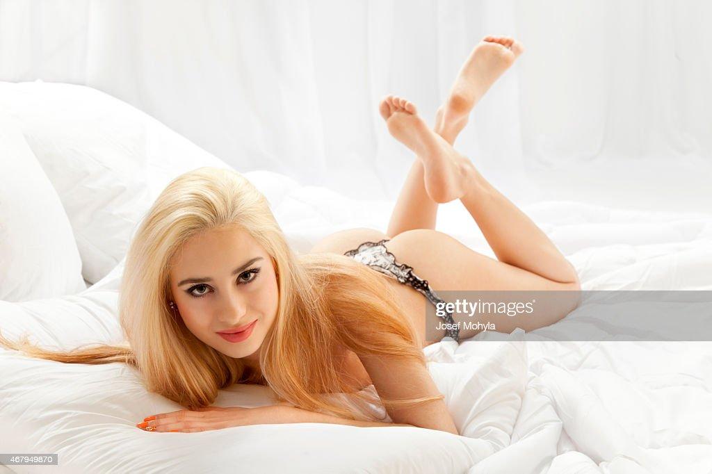 Lulu sex bomb pussy