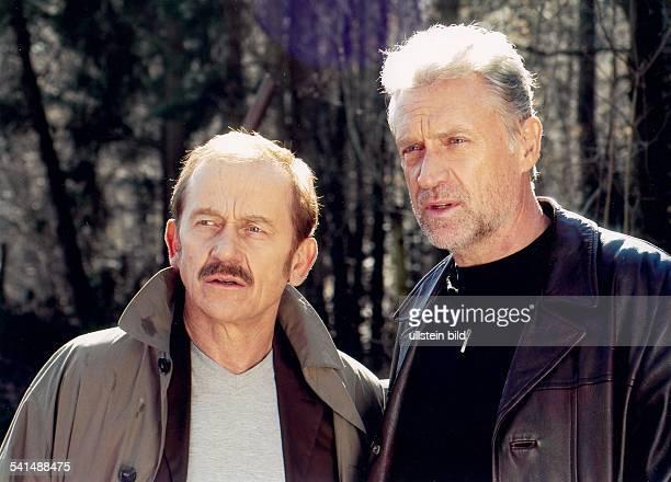 "Atzorn, Robert *-Schauspieler, D- in der Fernsehserie ""Tatort"" als Hauptkommissar 'Jan Casstorff' mit Tilo Prueckner als 'Eduard Holicek'- Maerz 2003"