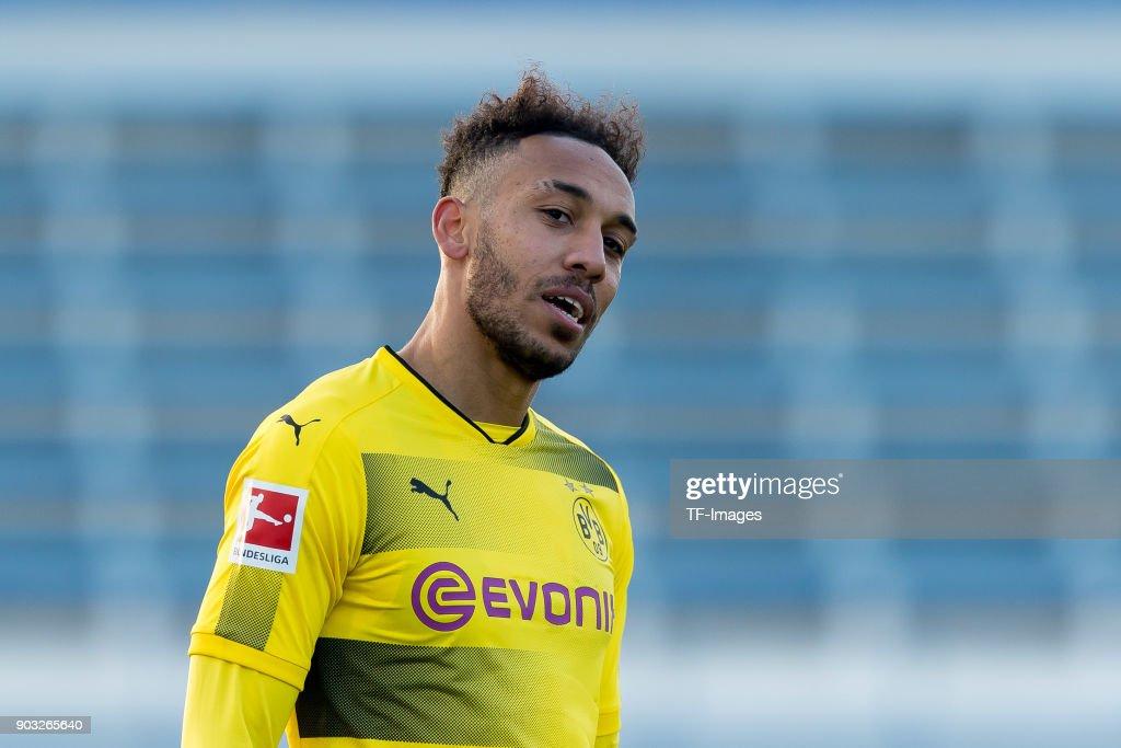 Borussia Dortmund v SV Zulte Waregem - Friendly Match : Nachrichtenfoto