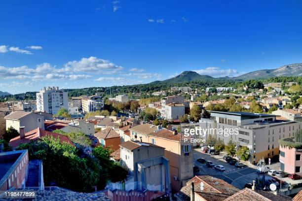 aubagne, the city and the ruissatel massif seen from the church square - オーバーニュ ストックフォトと画像