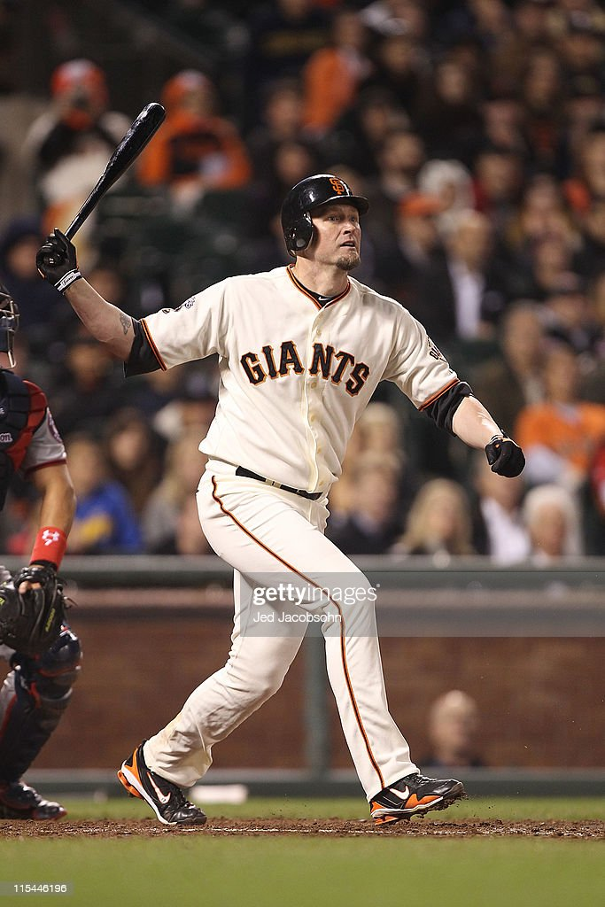 Aubrey Huff #17 of the San Francisco Giants hits a two-run single in the eighth inning against the Washington Nationals during an MLB game at AT&T Park on June 6, 2011 in San Francisco, California.