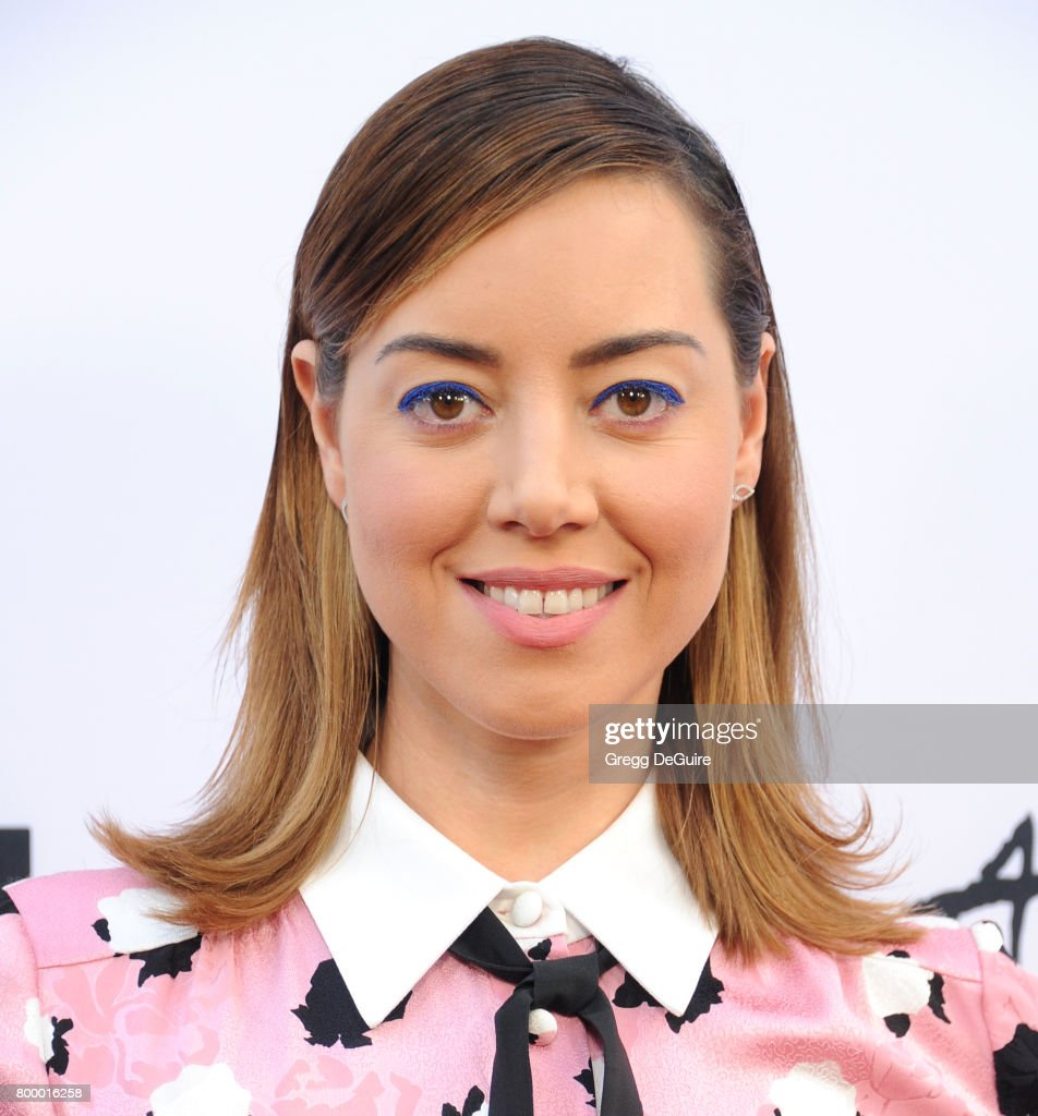 "2017 Los Angeles Film Festival - Closing Night Screening Of ""Ingrid Goes West"" - Arrivals : Foto jornalística"