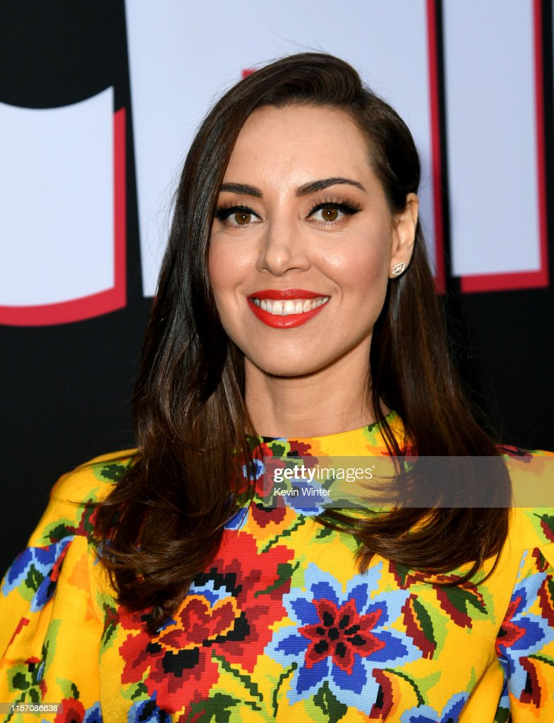 """Premiere Of Orion Pictures And United Artists Releasing's """"Child's Play"""" - Red Carpet : News Photo"""