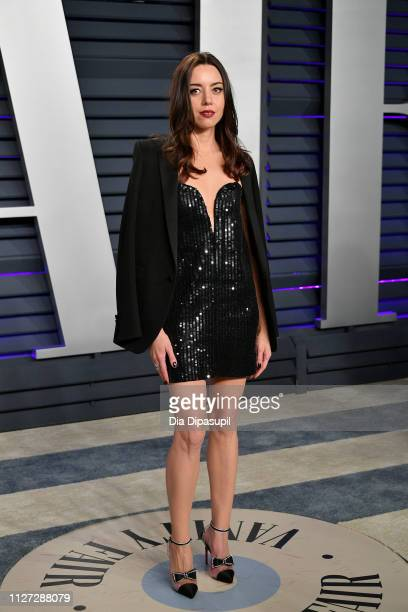 Aubrey Plaza attends the 2019 Vanity Fair Oscar Party hosted by Radhika Jones at Wallis Annenberg Center for the Performing Arts on February 24 2019...