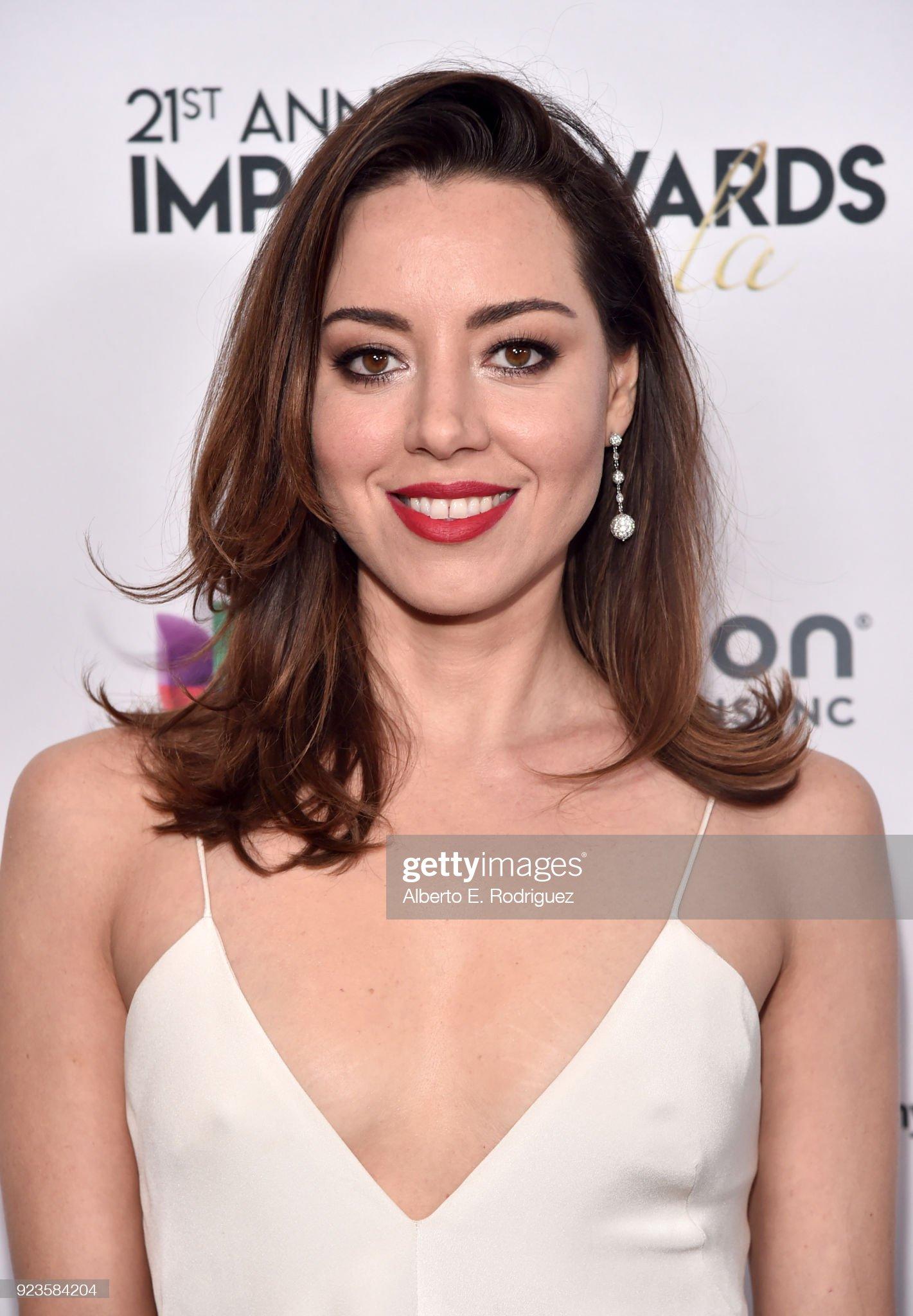 Ojos marrones - Personas famosas con los ojos de color MARRÓN Aubrey-plaza-attends-the-21st-annual-nhmc-impact-awards-gala-at-picture-id923584204?s=2048x2048