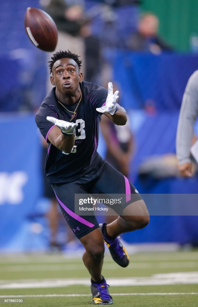 Auburn defensive back Stephen Roberts (DB63) reaches to catch the ball during the NFL Scouting Combine at Lucas Oil Stadium on March 5, 2018 in Indianapolis, Indiana.