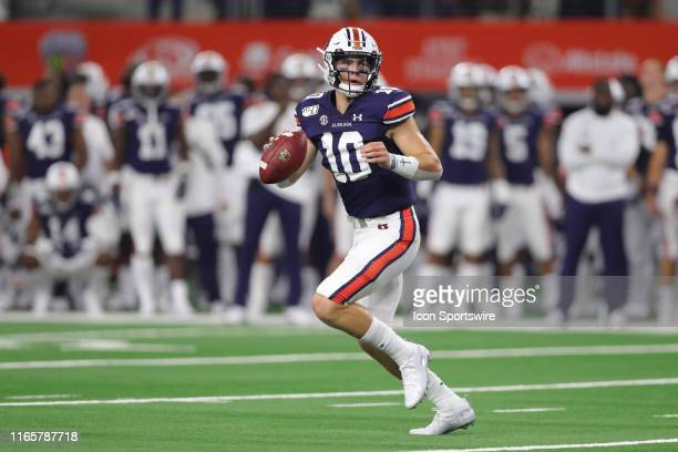 Auburn Tigers quarterback Bo Nix looks to pass the ball in the AdvoCare Classic between the Auburn Tigers and the Oregon Ducks on August 31 2019 at...