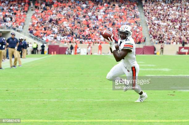 Auburn Tigers running back Kerryon Johnson bobbles but catches a touchdown pass in the flat during the football game between Auburn and Texas AM on...