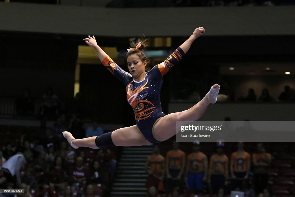 Auburn Tigers Samantha Cerio performs on the balance beam at the