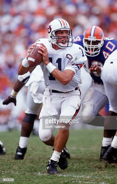 Auburn University QB Stan White looks for an open receiverin a game against Florida Mandatory Credit Scott Halleran/ALLSPORT