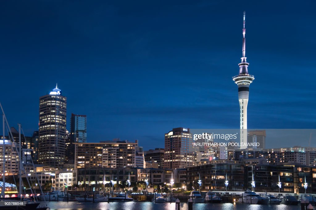 Local time in auckland new zealand