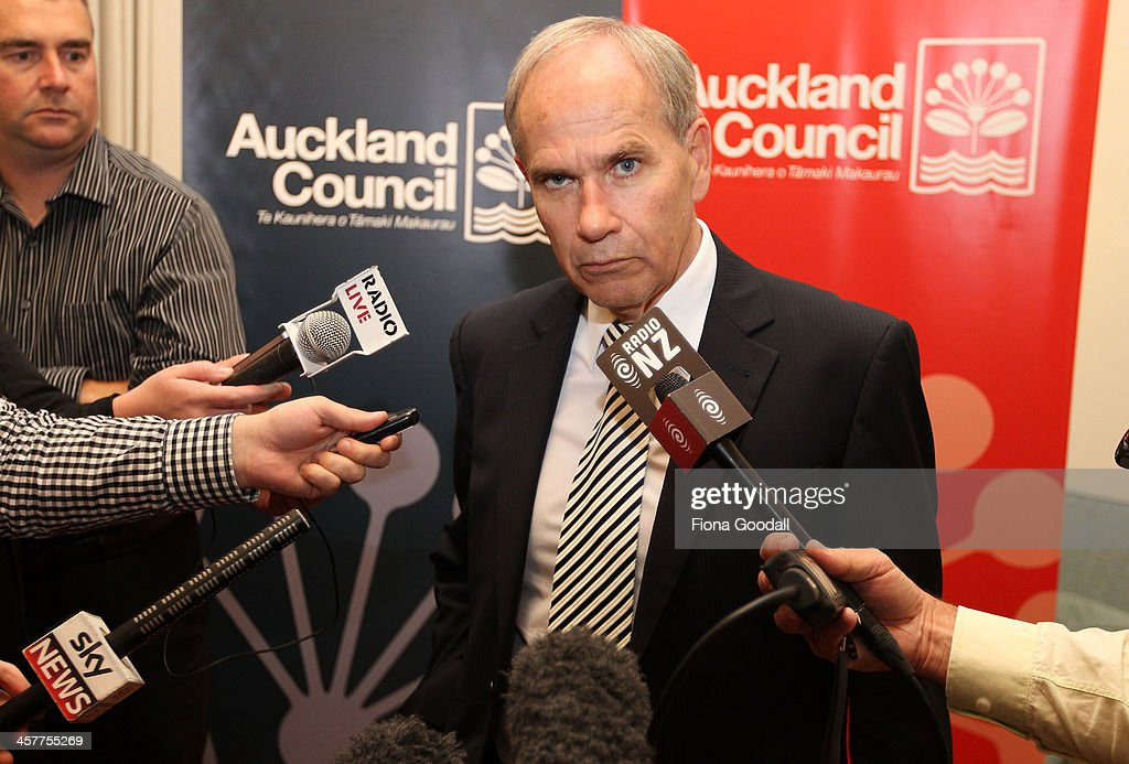 Auckland Council Votes on Mayor Len Brown's Censure : News Photo