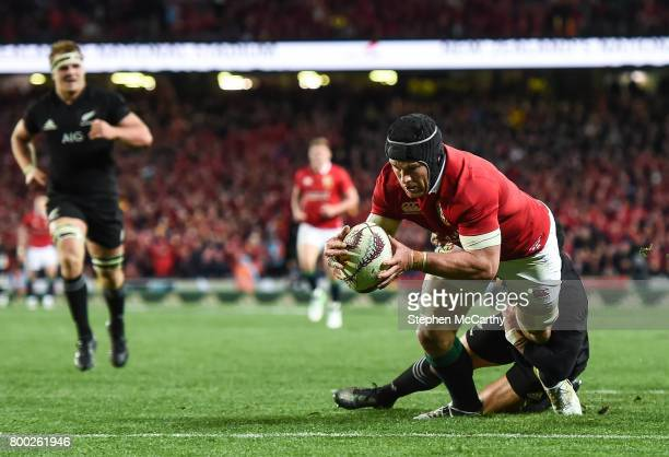 Auckland New Zealand 24 June 2017 Sean O'Brien of the British Irish Lions goes over to score his side's first try during the First Test match between...