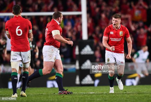 Auckland New Zealand 8 July 2017 Owen Farrell of the British Irish Lions celebrates after kicking his side's final penalty during the Third Test...