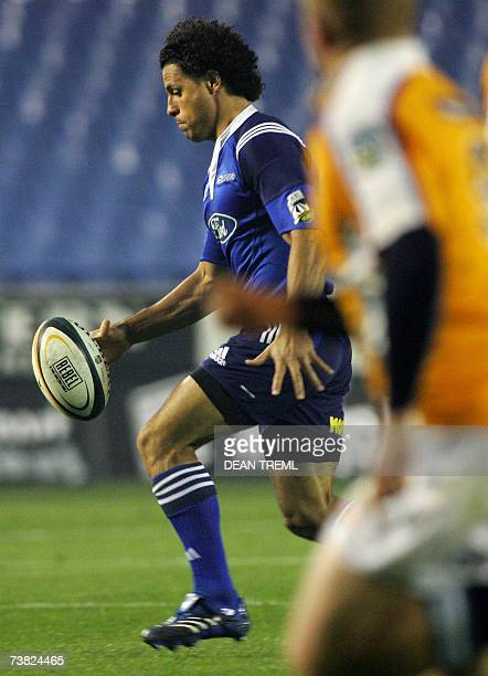 Auckland, NEW ZEALAND: Doug Howlett of the Blues prepares to kick ahead during the round ten Super 14 match between the Blues and the Cheetahs at...