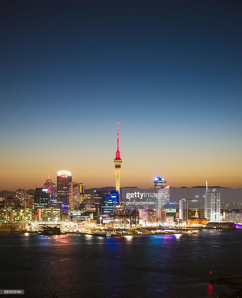 Auckland skyline at twilight : Stock Photo