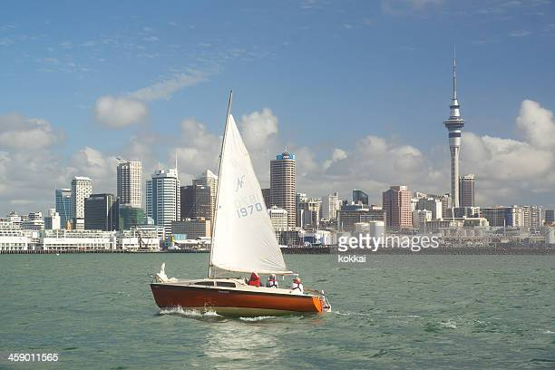 auckland skyline - city of sails - waitemata harbor stock photos and pictures