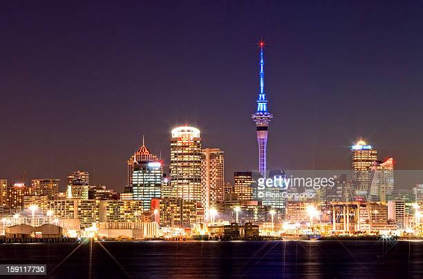 auckland skyline - auckland stock pictures, royalty-free photos & images