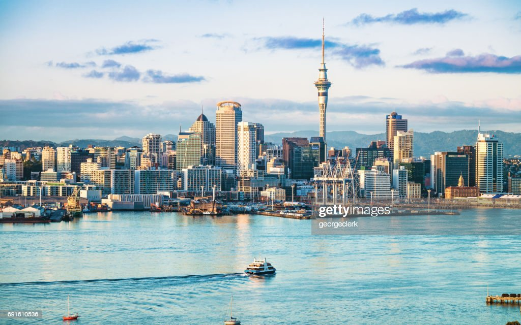 Auckland's skyline at dawn : Stock Photo