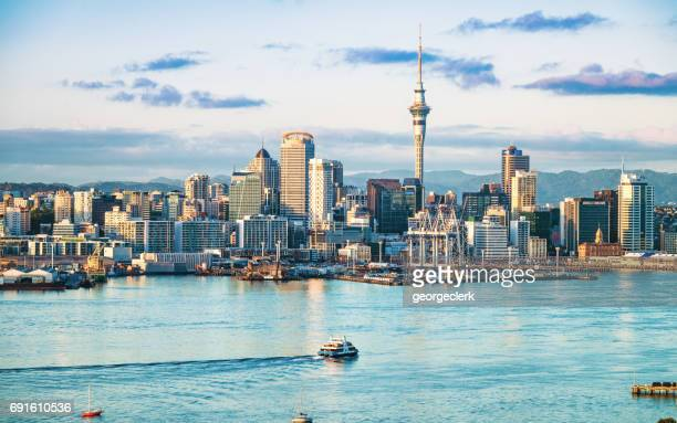 auckland's skyline at dawn - new zealand stock pictures, royalty-free photos & images