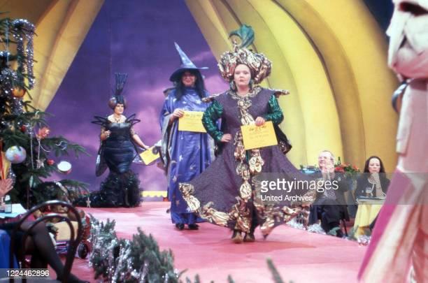 "Auction of costumes that TV presenter Hella von Sinnen at TV show ""Alles nichts oder"" wore, Cologne, Germany, 1992."