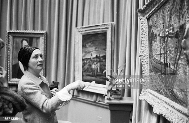 Auction Of The Paintings Of Arnold Kirkeby Collection At The Gallery ParkeBernet In New York Aux EtatsUnis à New York en novembre 1958 Vente aux...