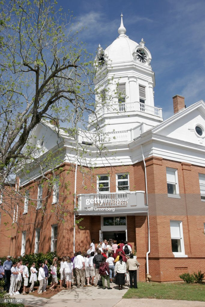 Audience enters the Old Monroe County Courthouse to see To Kill A