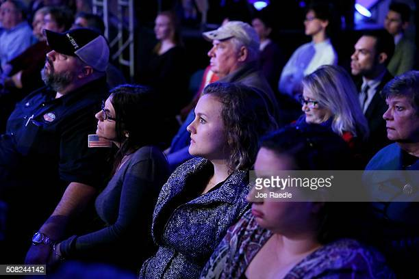 Audience members look on as democratic Presidential candidates Sen Bernie Sanders speaks during a CNN and the New Hampshire Democratic Party hosted...