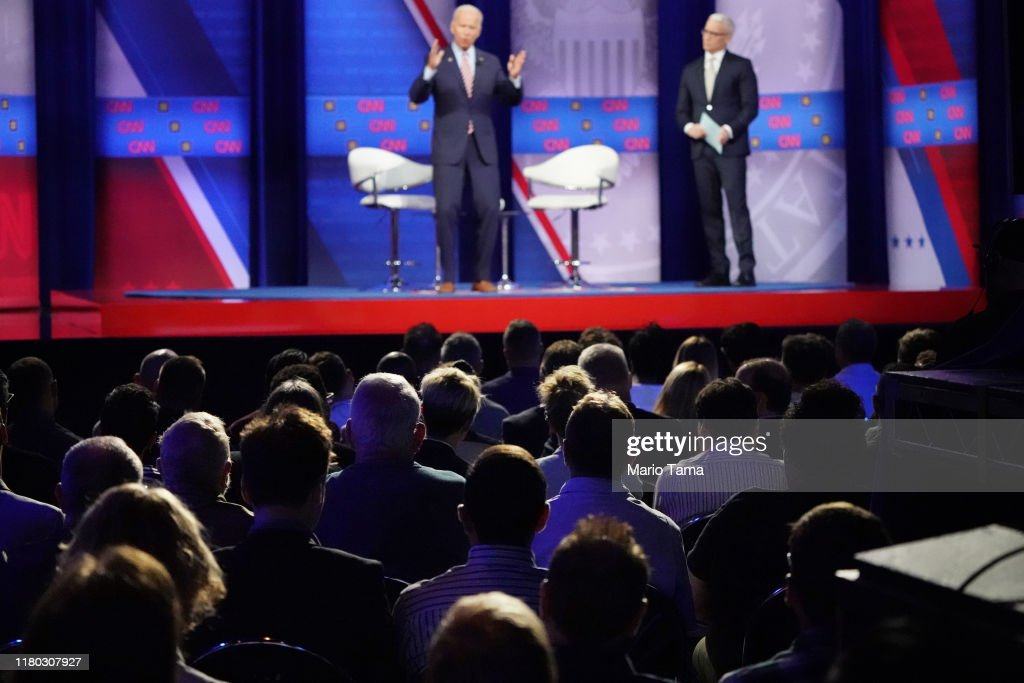 Democratic Presidential Candidates Discuss LGBTQ Issues At Human Rights Campaign Foundation Forum : News Photo