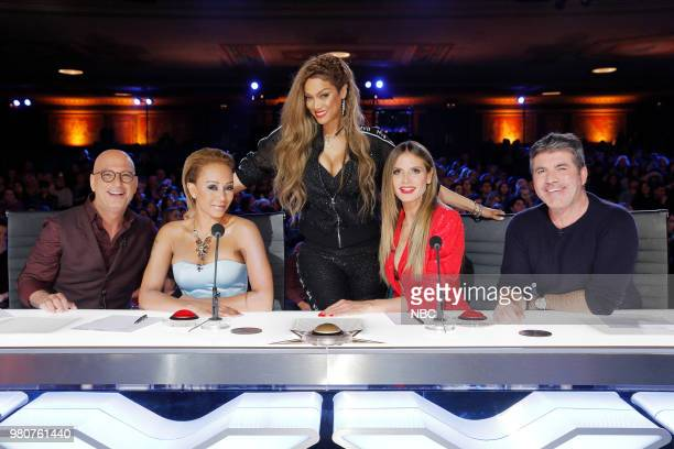 S GOT TALENT 'Auditions 4' Episode 1304 Pictured Howie Mandel Mel B Tyra Banks Heidi Klum Simon Cowell