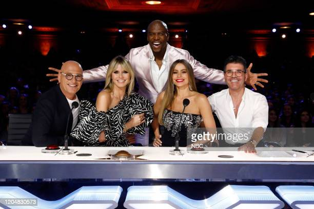 S GOT TALENT Auditions Pictured Howie Mandel Heidi Klum Terry Crews Sofia Vergara Simon Cowell