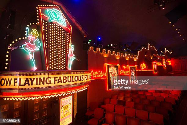 auditorium of the fabulous palm springs follies vaudeville show in palm springs, california - vaudeville stock pictures, royalty-free photos & images