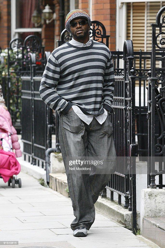Celebrity Sightings In London - October 07, 2009