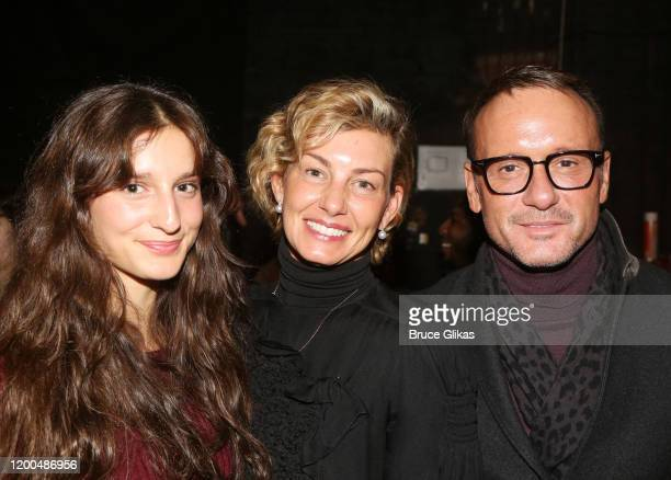 """Audrey Caroline McGraw, mother Faith Hill and husband Tim McGraw pose backstage at the hit musical based on the Baz Luhrmann film """"Moulin Rouge!"""" on..."""