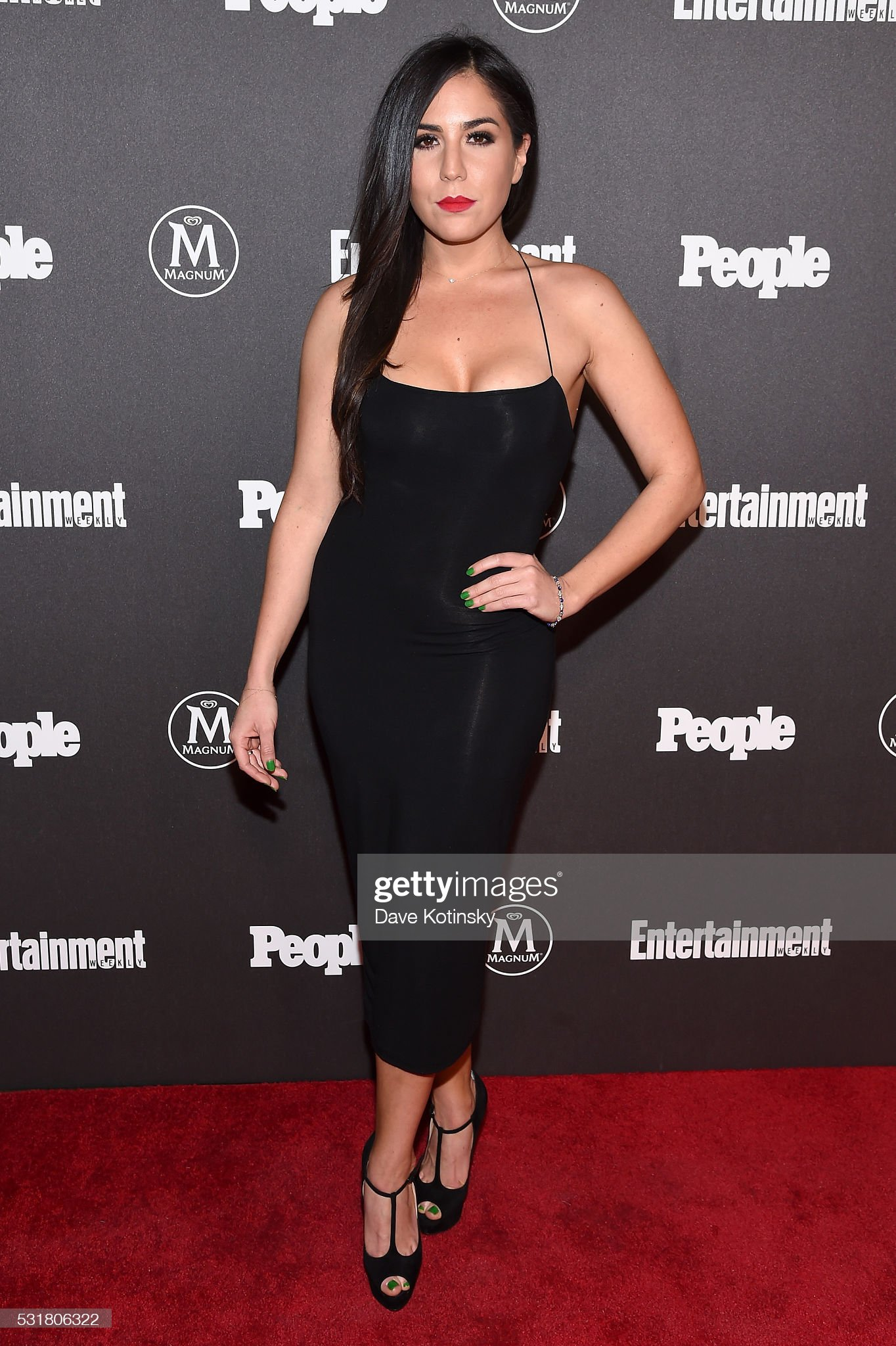 Top 80 Famosas Foroalturas - Página 2 Audrey-esparza-attends-the-entertainment-weekly-people-upfronts-party-picture-id531806322?s=2048x2048