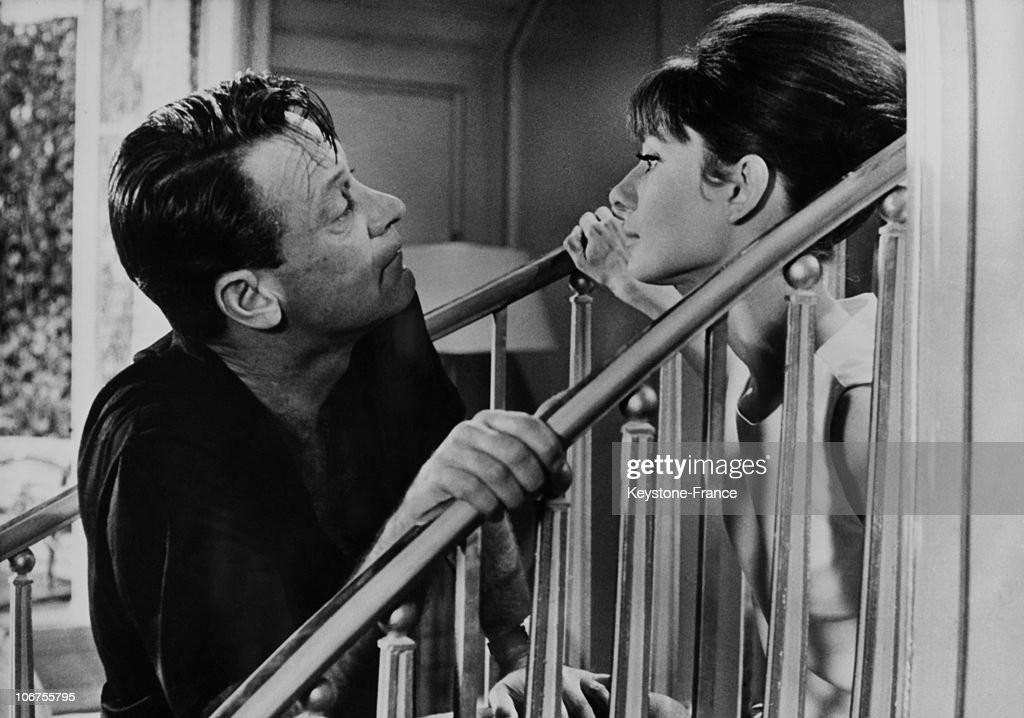Audrey Hepburn And William Holden During A Movie Scene. August 20Th 1962