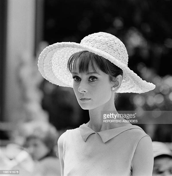 Audrey Hepburn during the shooting of movie 'Paris when it sizzles' directed by Richard Quine 1963 in Paris France