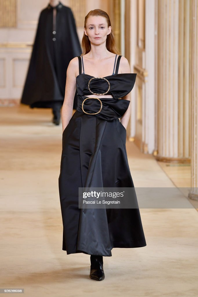 Nina Ricci : Runway - Paris Fashion Week Womenswear Fall/Winter 2018/2019