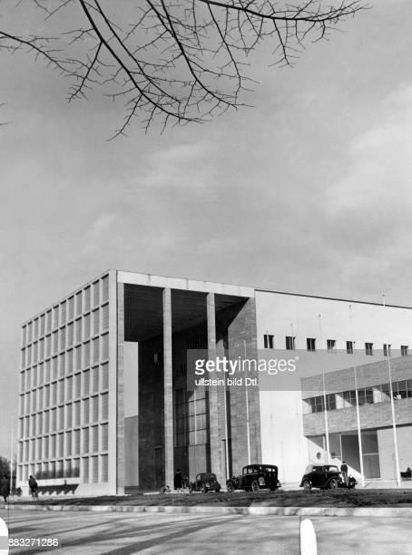Außenaufnahme des Gebäudes, Sitzes des Italienischen Modeinstituts Aufnahme: Sonja Georgi Originalaufnahme im Archiv von ullstein bild